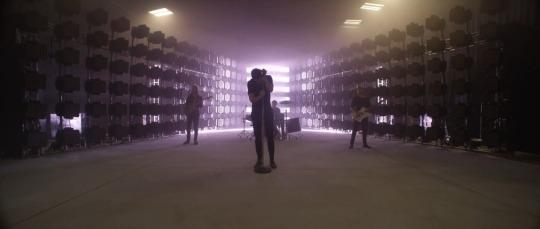 imagine-dragons-gold-music-video-screen-shot